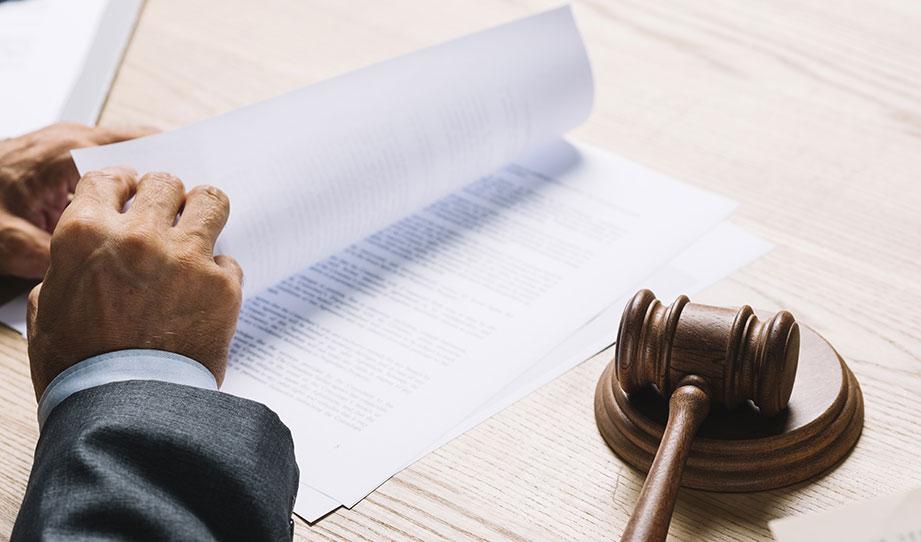 judge hammer, dokument