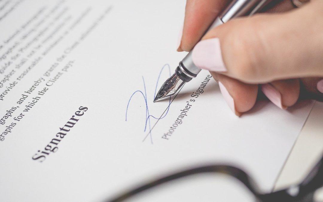 Jak ważny jest kwalifikowany podpis elektroniczny w pracy tłumacza przysięgłego?